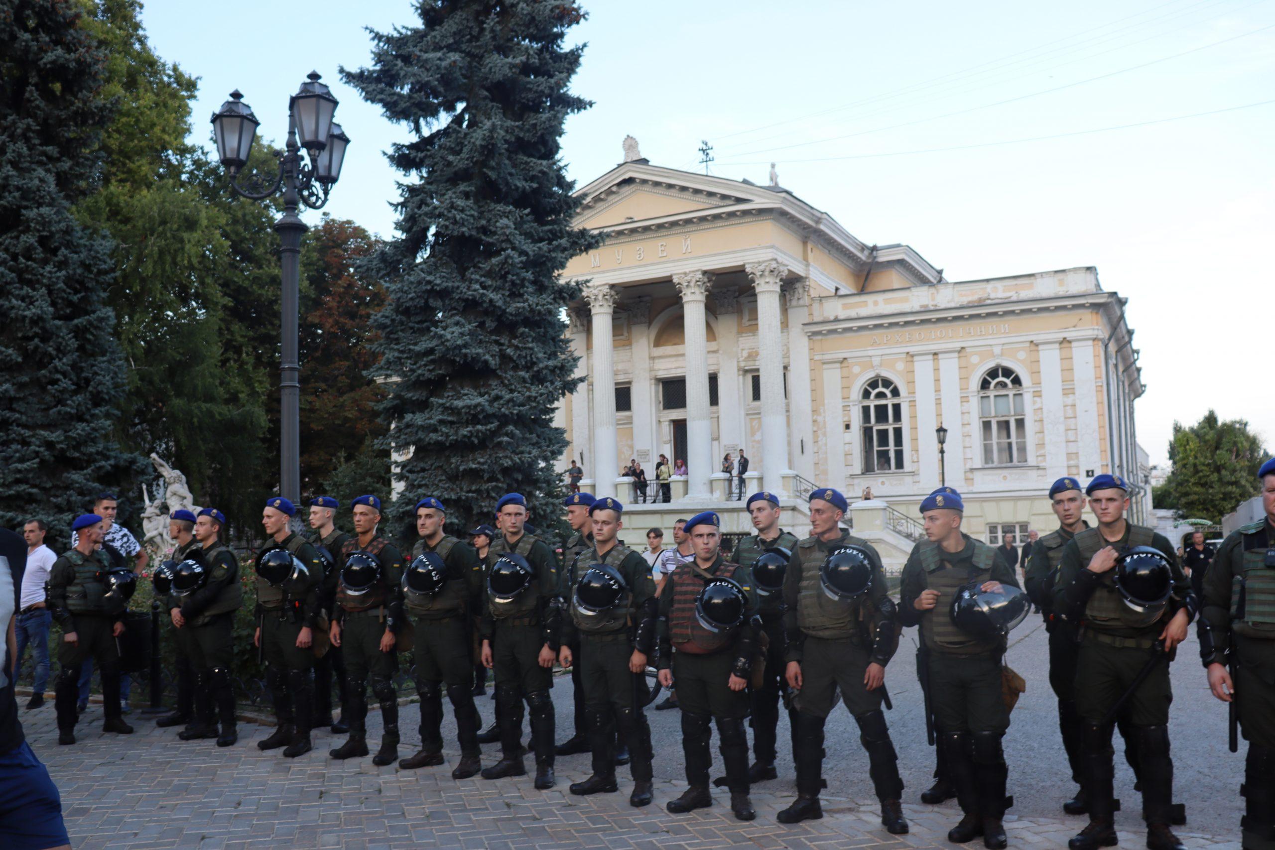 Полиция и Одесса Прайд: взрывы, провокации, угрозы. Эксклюзивный фоторепортаж