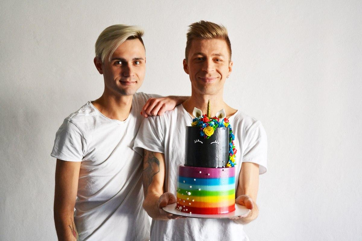 gay couple belarus