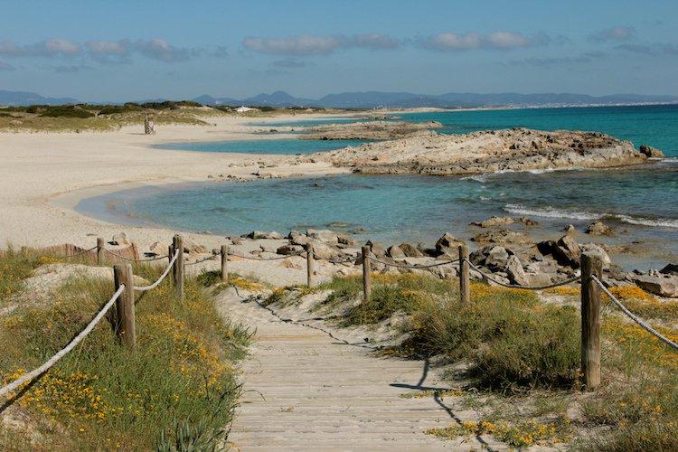 gay beach tourism sea 4