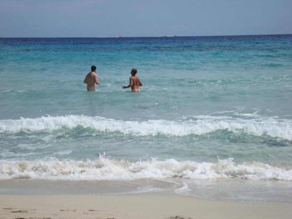 gay beach tourism sea 5_1_2