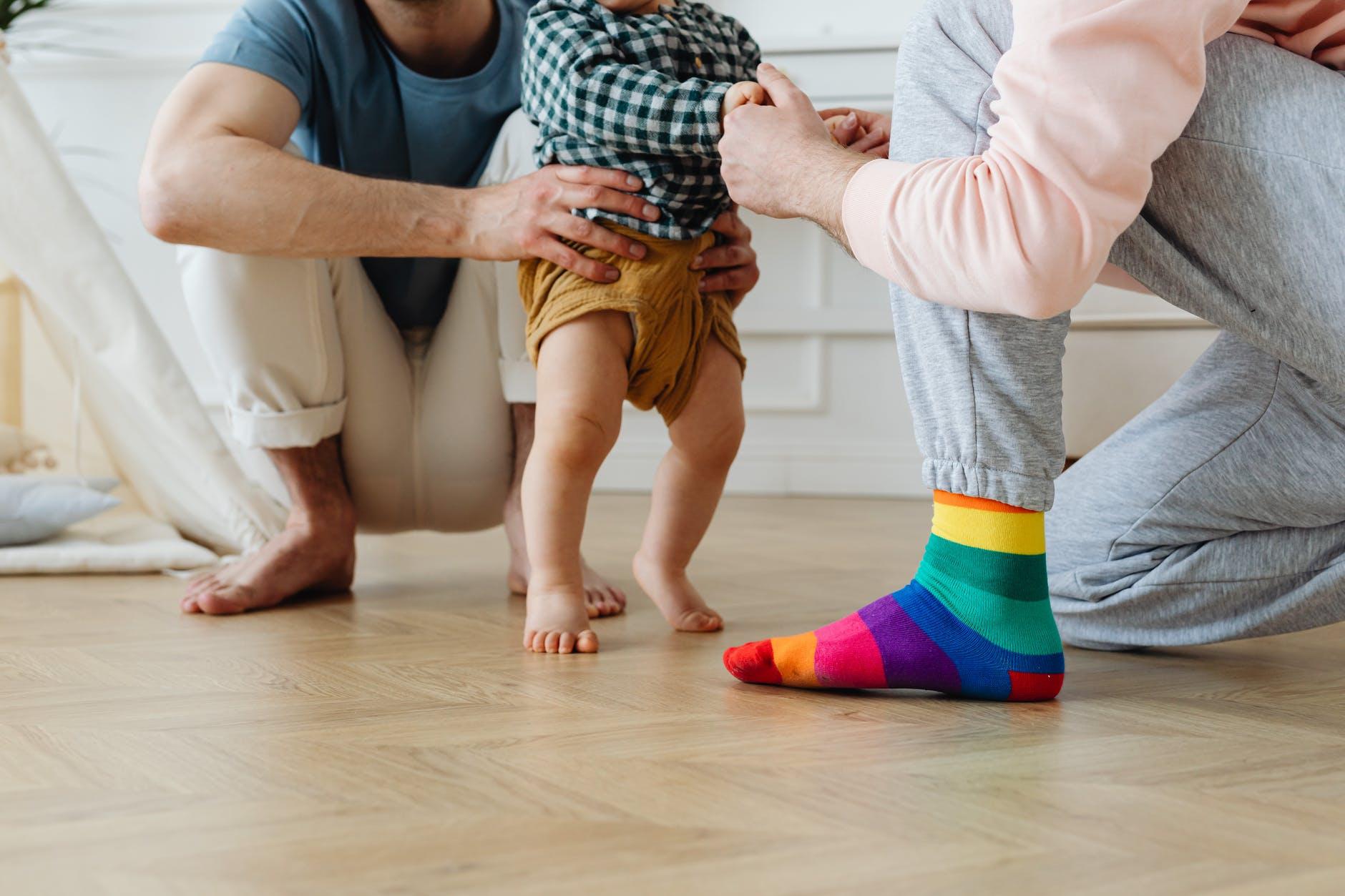 Геи и лесбиянки Израиля воспользуются суррогатным материнством